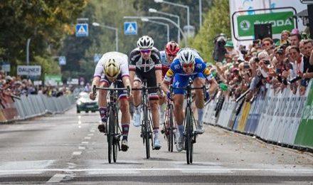 Profi-Radrennen: Deutschland-Tour-Etappe in  Marburg