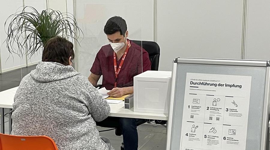 Impf-Lotsen helfen bei der Terminvereinbarung