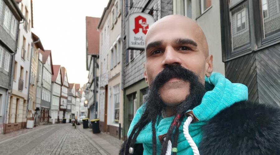 """Aus dem """"Höllentor"""" ins Rathaus"""