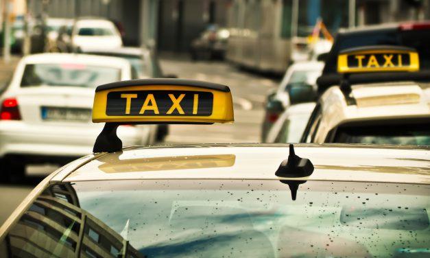 Taxi zum Impfzentrum
